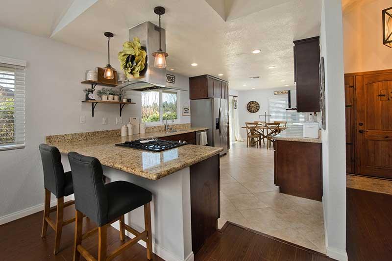 23005 Magnolia Lane Kitchen Bar