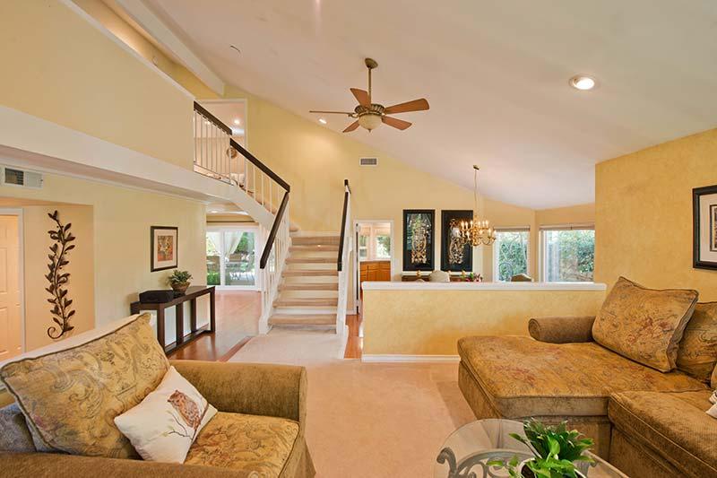 24005 Oak Vale Dr Living Room 3