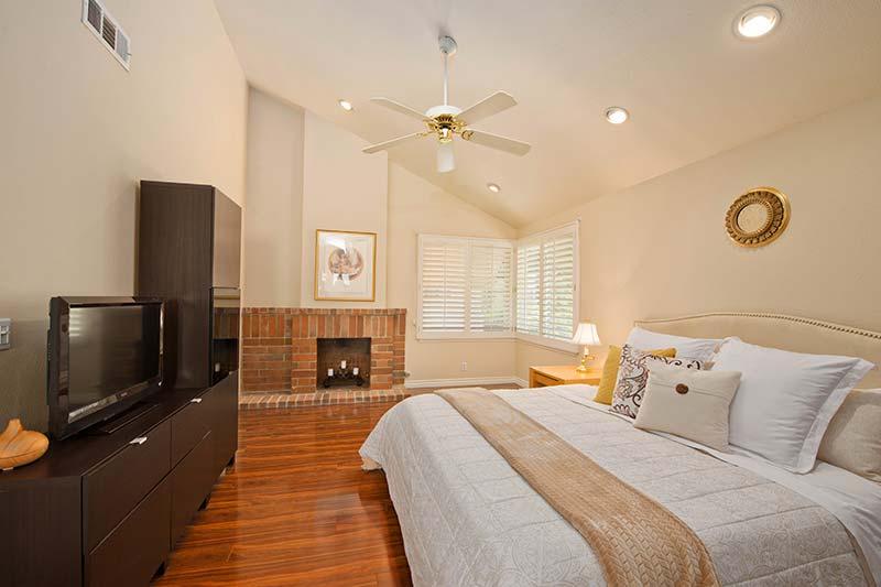 24005 Oak Vale Dr Master Bedroom