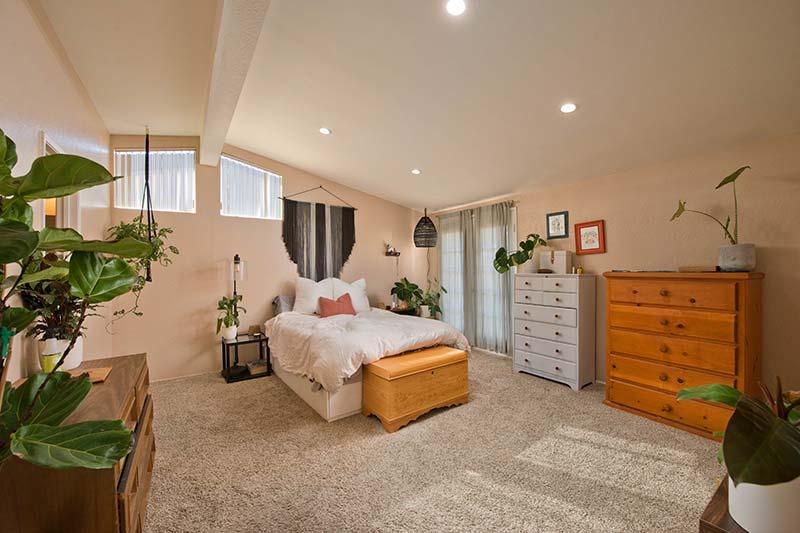 27512 Ruby Lane Primary Bedroom