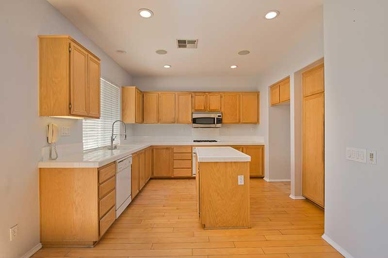 Kitchen at 27909 Agapanthus Lane